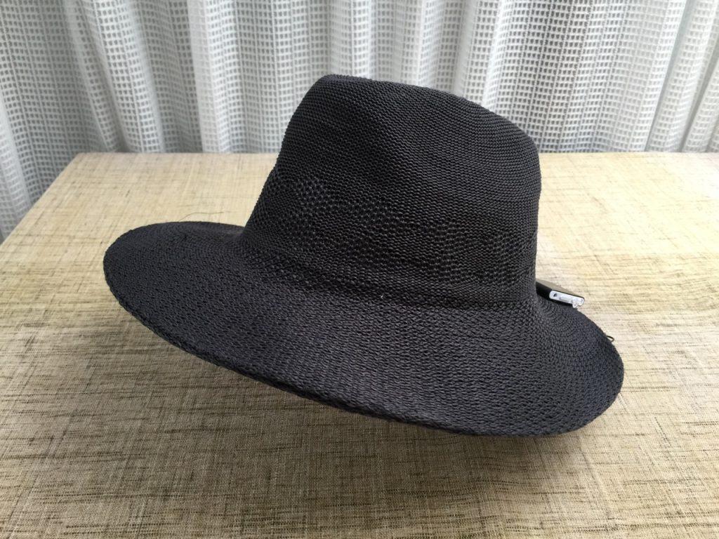 帽子型スピーカーの写真(参考出品)