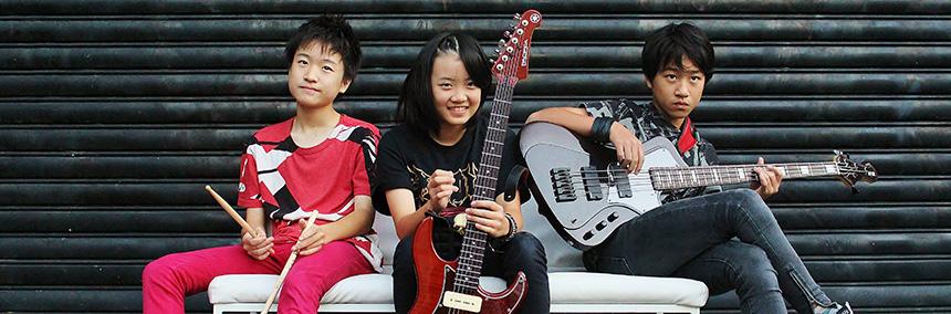 九州発!平均年齢14歳!ハードロック3ピースインストバンド! ASTERISM
